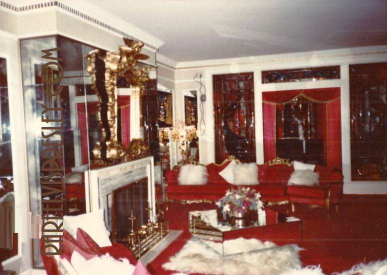 Gracelandhome On Twitter Graceland Elvis Presley House Graceland Mansion
