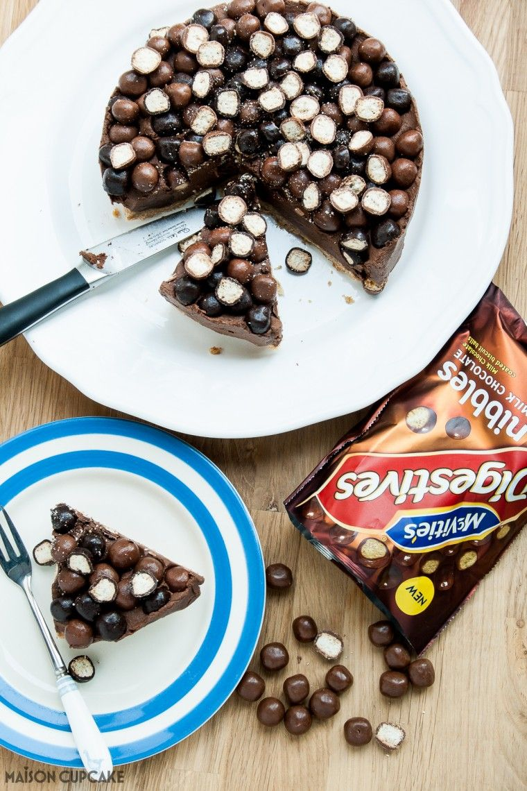 Chocolate Crunch Cheesecake with McVitie's Nibbles