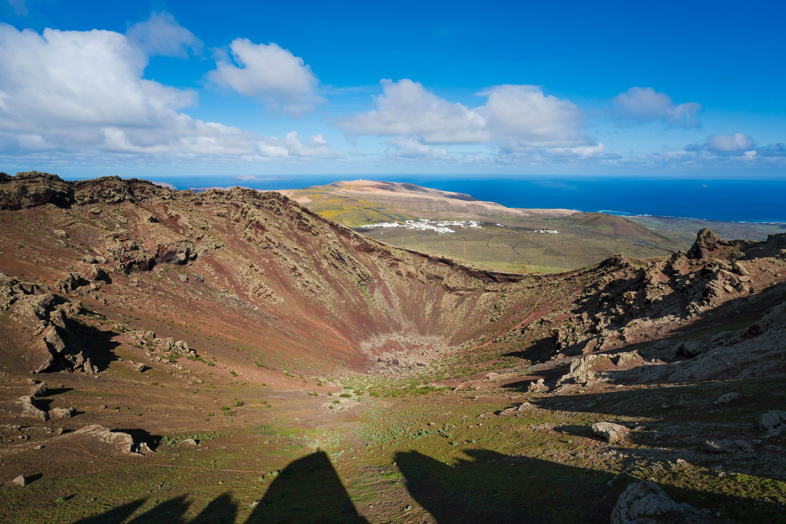 Lanzarote Is A Volcanic Island With A Landscape That Changes Colour At Every Step Lanzarote Isla De Lanzarote Turismo