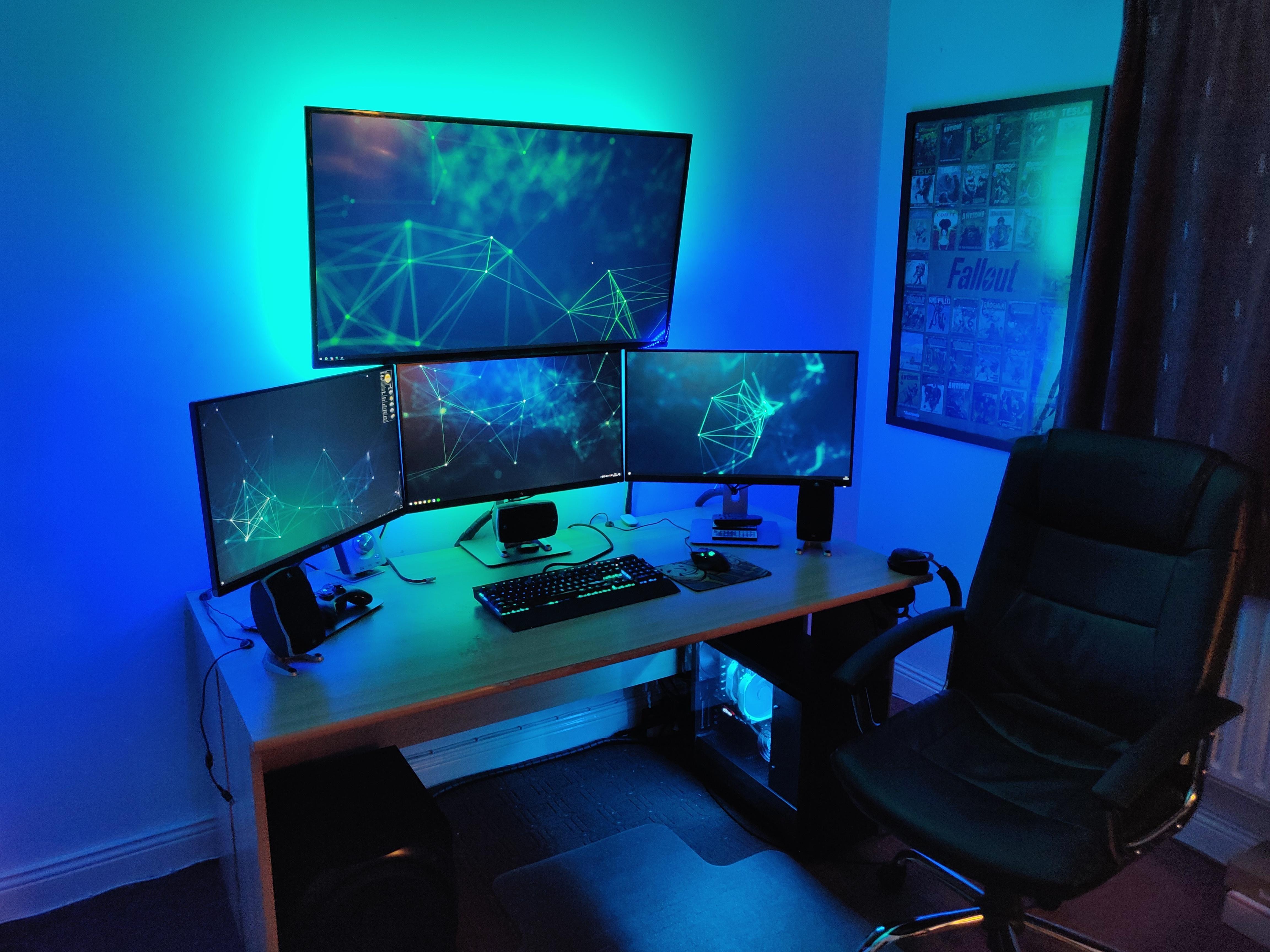 Feeling Blue Pc Gaming Setup Gamer Room Gaming Setup