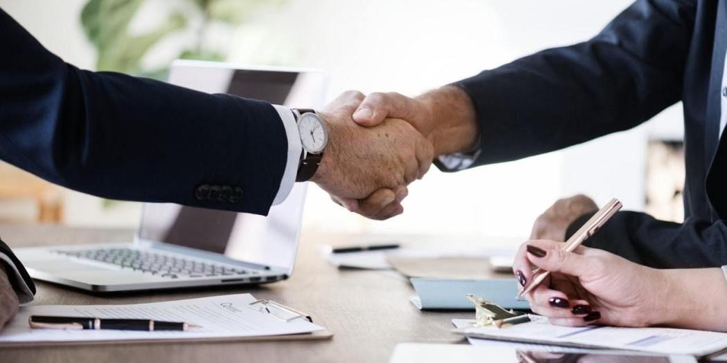 كل ما تريد معرفته عن ماجستير إدارة الاعمال Mba ر قي Business Courses Money Strategy Starting A Business