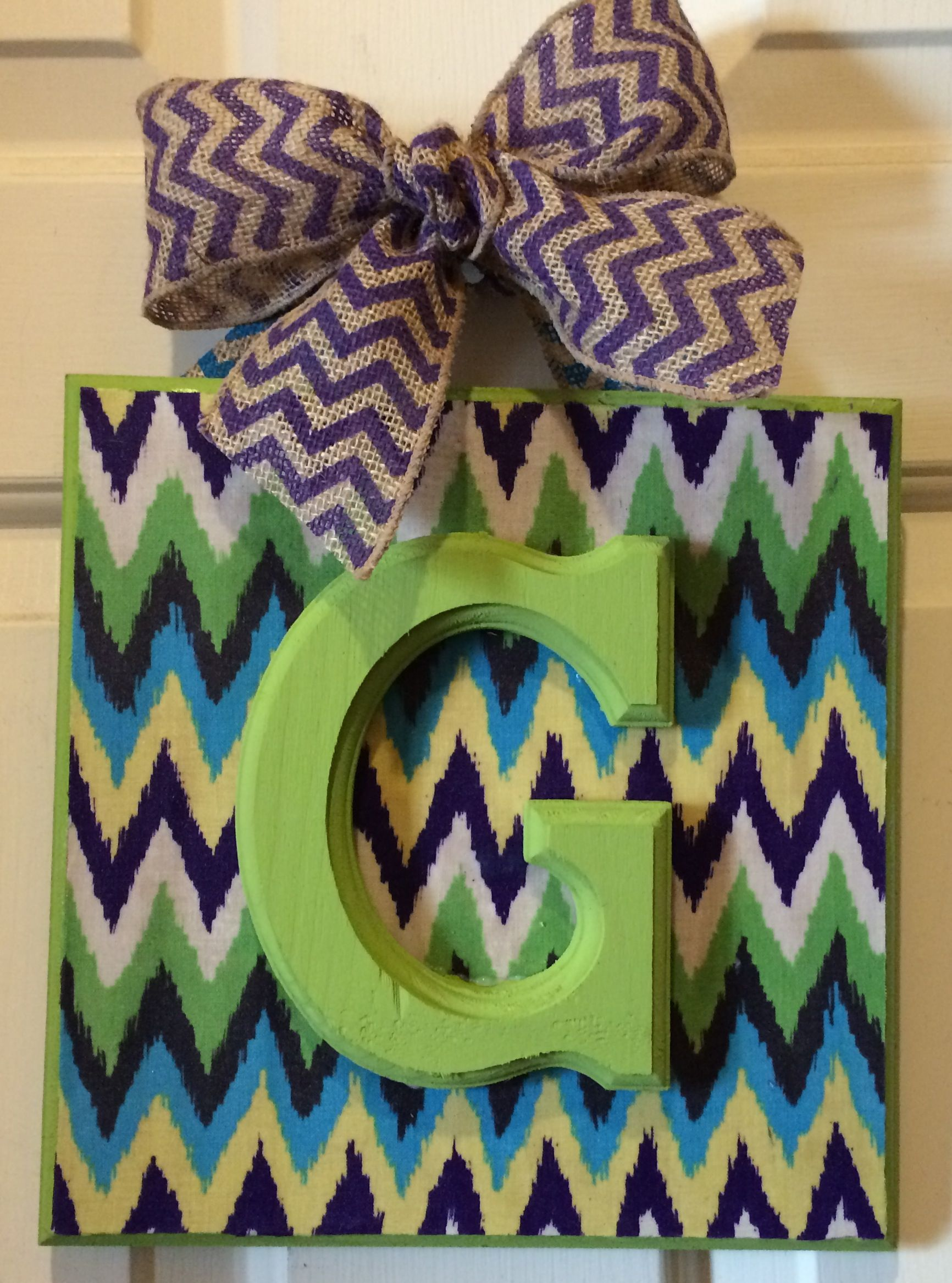 Lime Green Letter G 9X9 Done In A Designer Wiggle