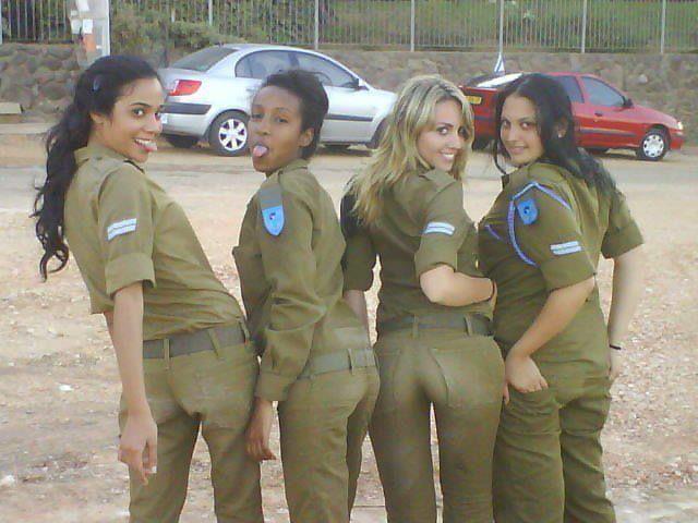 schönste Militärfrauen