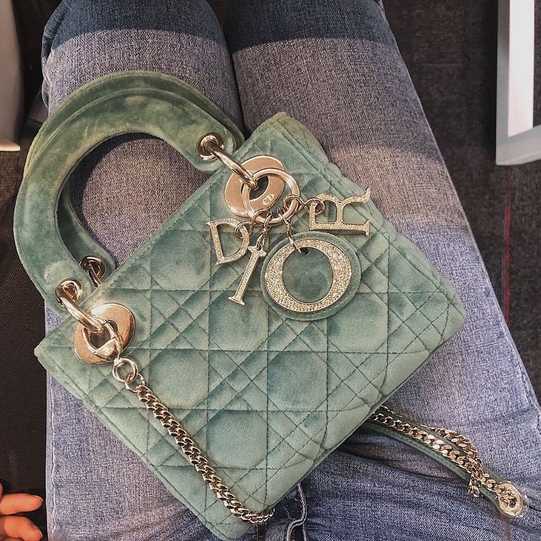 top quality replica handbags, louis vuitton bag replica, chanel bag replica, dior bag replica, hermes replica, belts replica Where you can have this purses😉👉🏻☎️WhatsApp: +8618666021721 👈🏻👈🏻 ▪️ ✈️Worldwide Express Shipping🌎 ▪️▪️ #mensandals #christiandior #hermesjige #chanelbackpack #brandnamebag #hermesclicclac #louisvuittonpurse #constance #hermescdc #kelly25 #lvaddict #chaneljumbo #guccibeltbag #chanel2016 #hermessingapore #tpf #guccibags #wallet #diorama