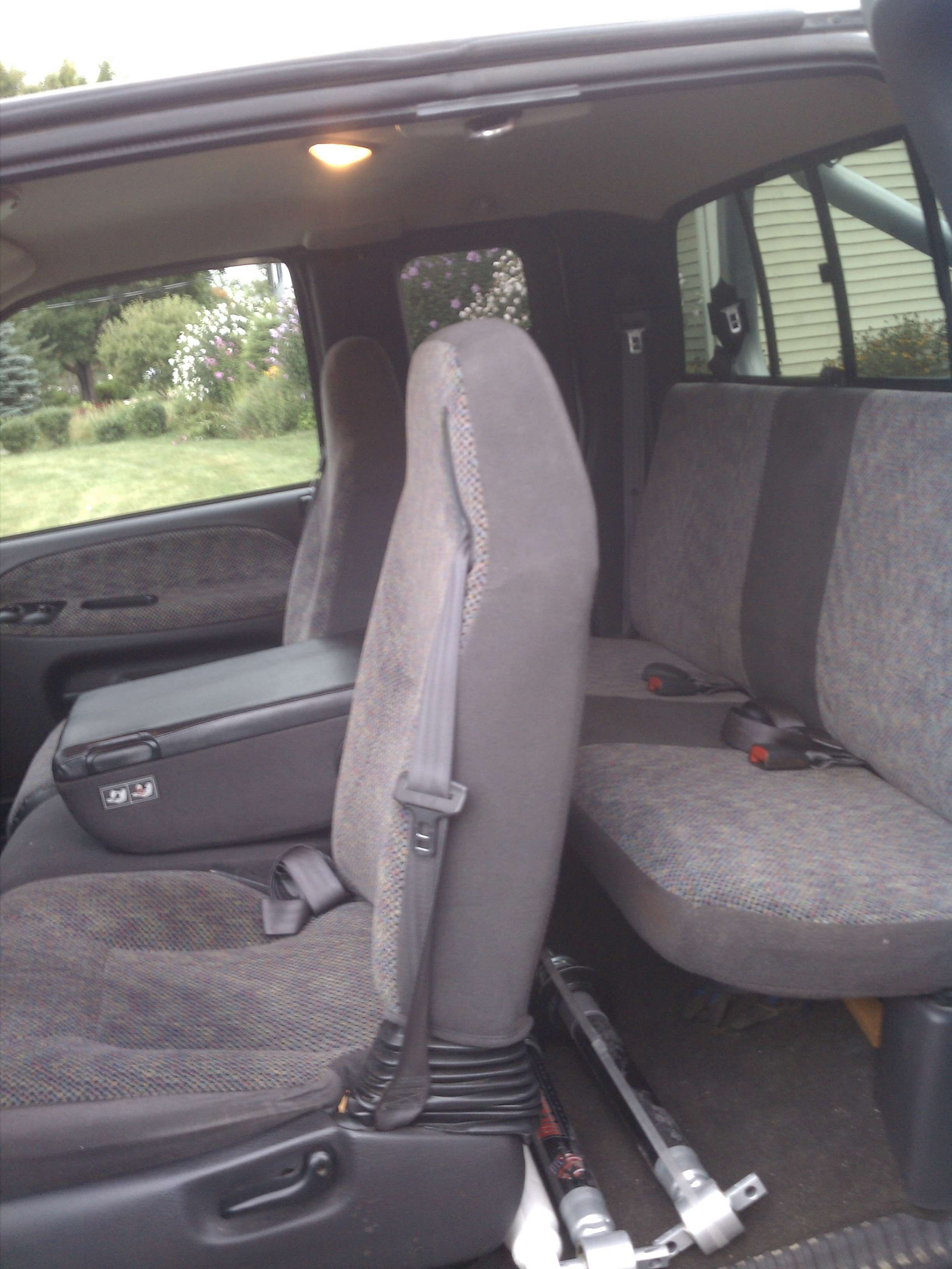 Make Dodge Model Ram 1500 Truck Year 2001 Body Style Extended Cab Pickup Exterior Color Silver Interior Color Gr Dodge Models Extended Cab Grey Doors