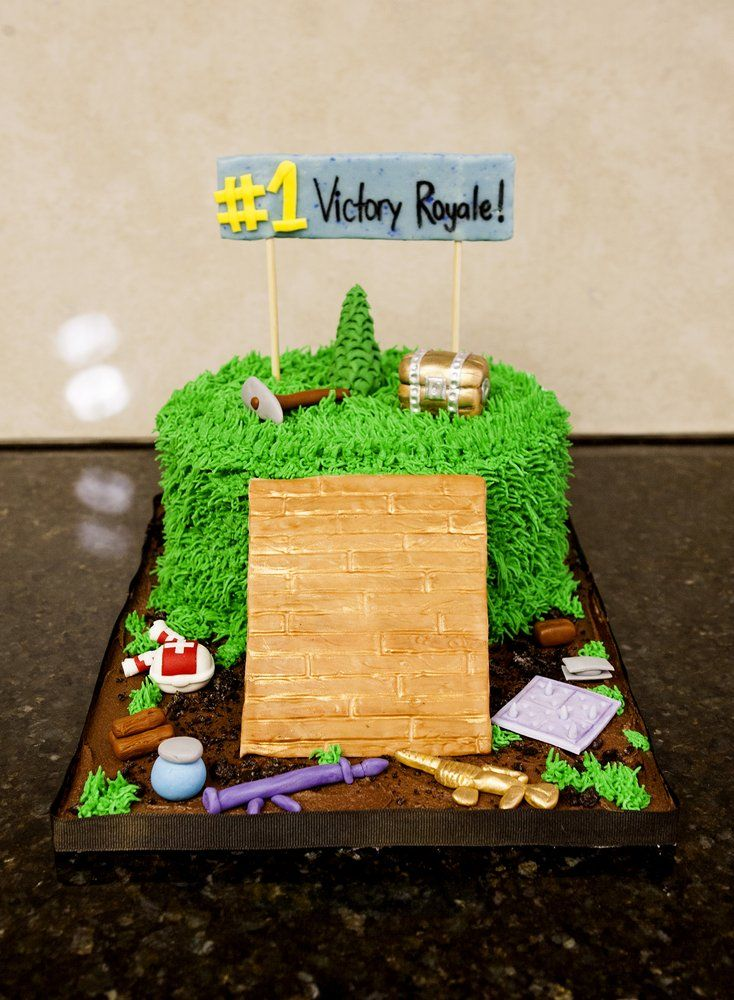 Photo of Sweet Chemistry Confections , Yucaipa, CA, United States. Fortnite  Cake