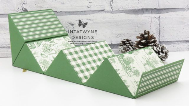 Photo of Crafty Christmas Countdown – #11 Toile Tidings Square Roll-Up Gift Box Tutorial   Intatwyne Designs