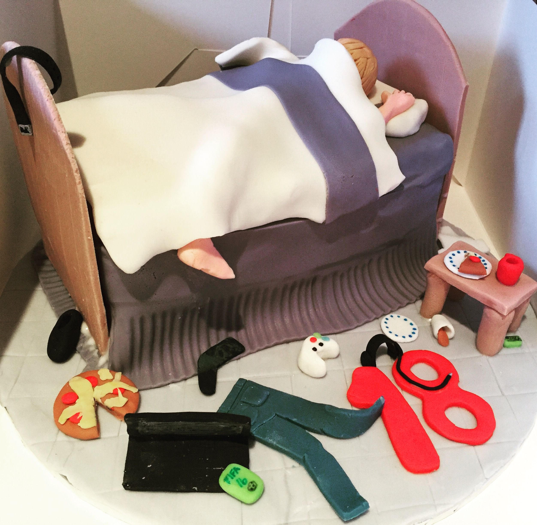 Messy Bed Boys 18th Birthday Cake 18th Birthday Ideas Pinterest