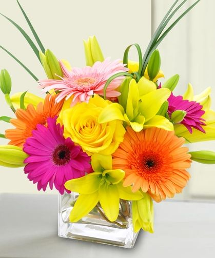 A Bright Stunning Flower Delivery Flowers Delivered Same Day Flower Delivery