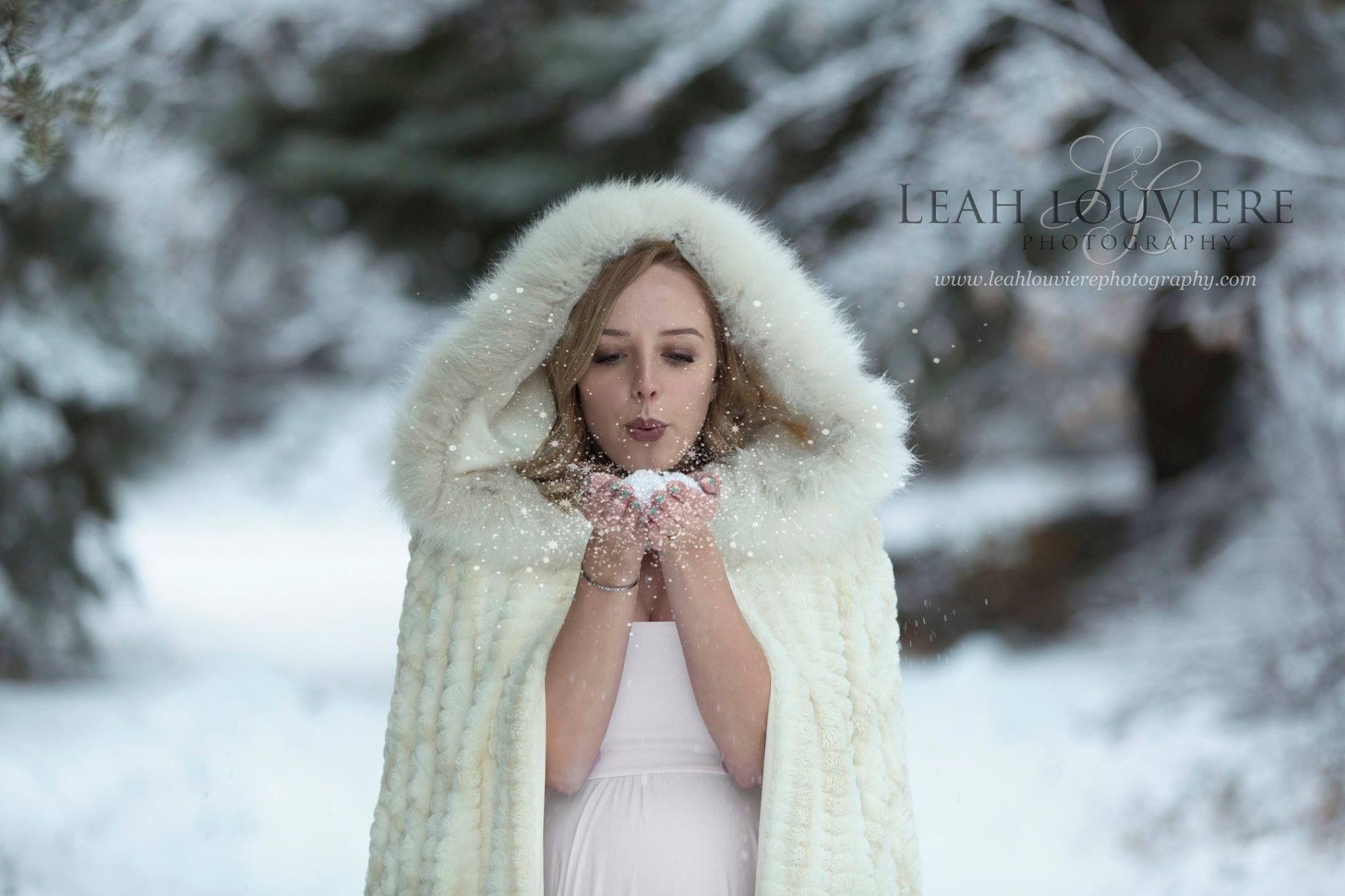 482ddae72ec24 Maternity winter session; Utah photographer; gown; winter cloak ...