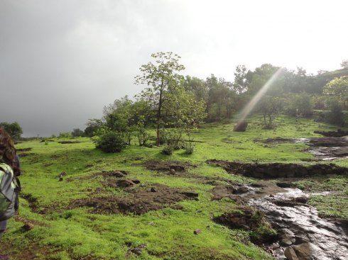 Kataldhar Waterfalls Trek, India