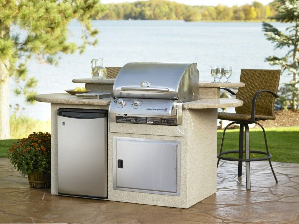 small outdoor kitchens build outdoor kitchen grill small simple outdoor kitchen island white on outdoor kitchen easy id=27698