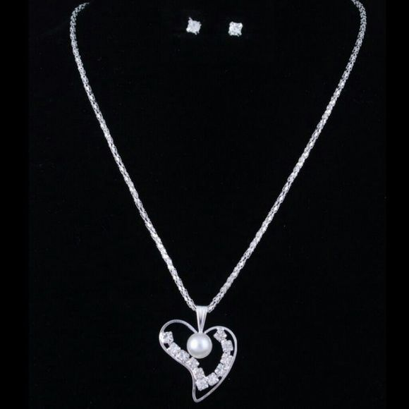 REDUCED heart & pearl necklace & earrings set Silver rhinestone heart & pearl necklace & earrings set. Rhinestone stud earrings,  beautiful rhinestone and Pearl heart necklace! Gift wrapping included! Jewelry Earrings