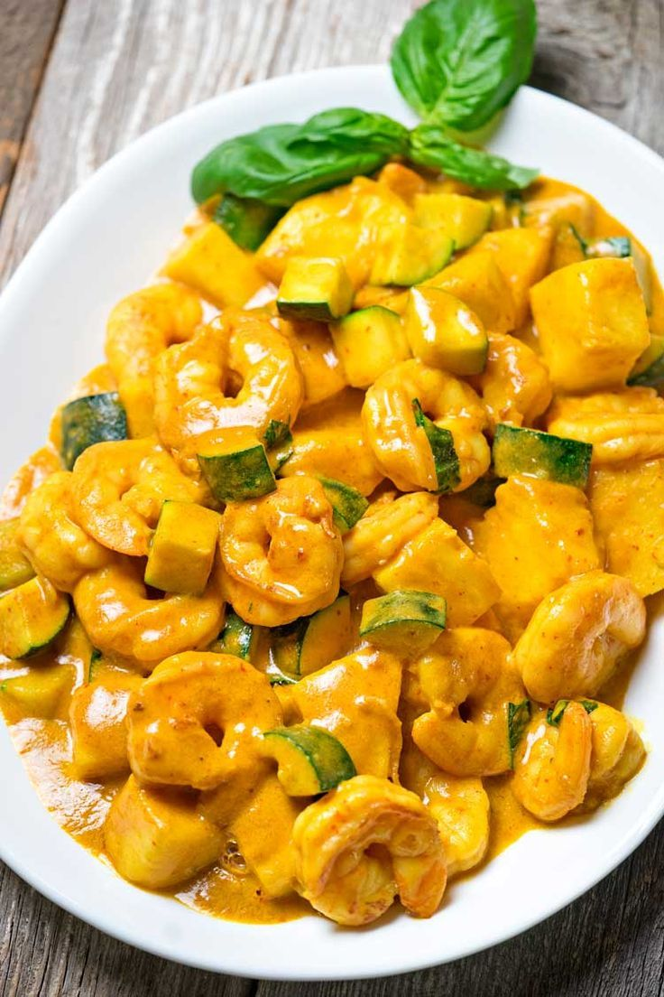 Thai yellow curry shrimp with pineapple via keviniscooking thai food recipes forumfinder Gallery