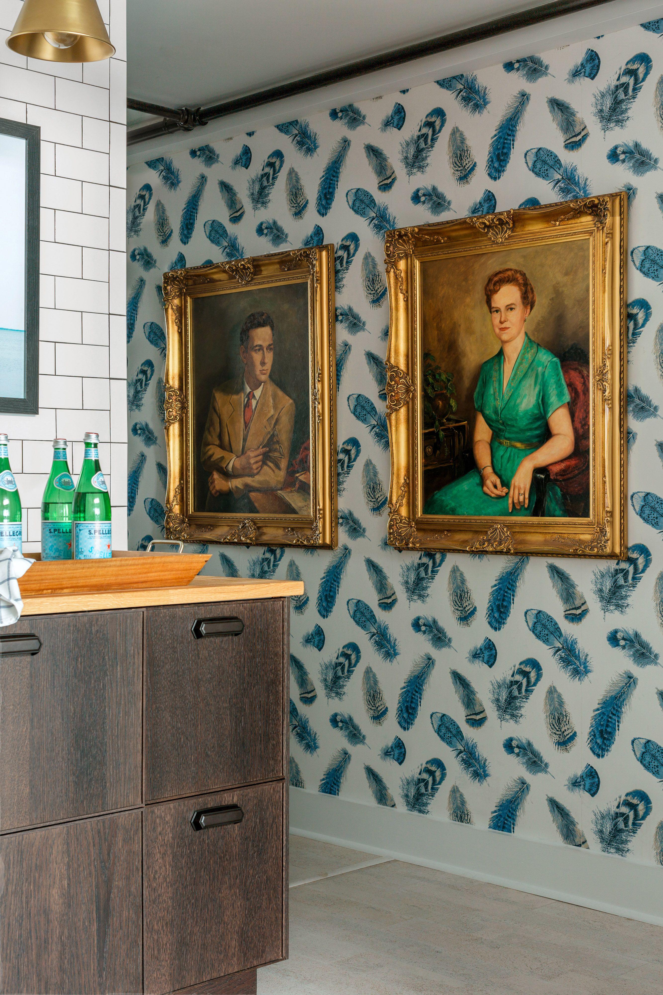 An Atlanta Loft Gets an Artsy Makeover Coastal bedroom