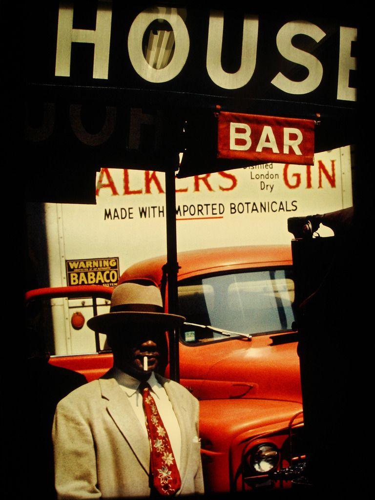 Vintage Deluxe — arovingeye: Harlem, 1960 by Saul Leiter ...