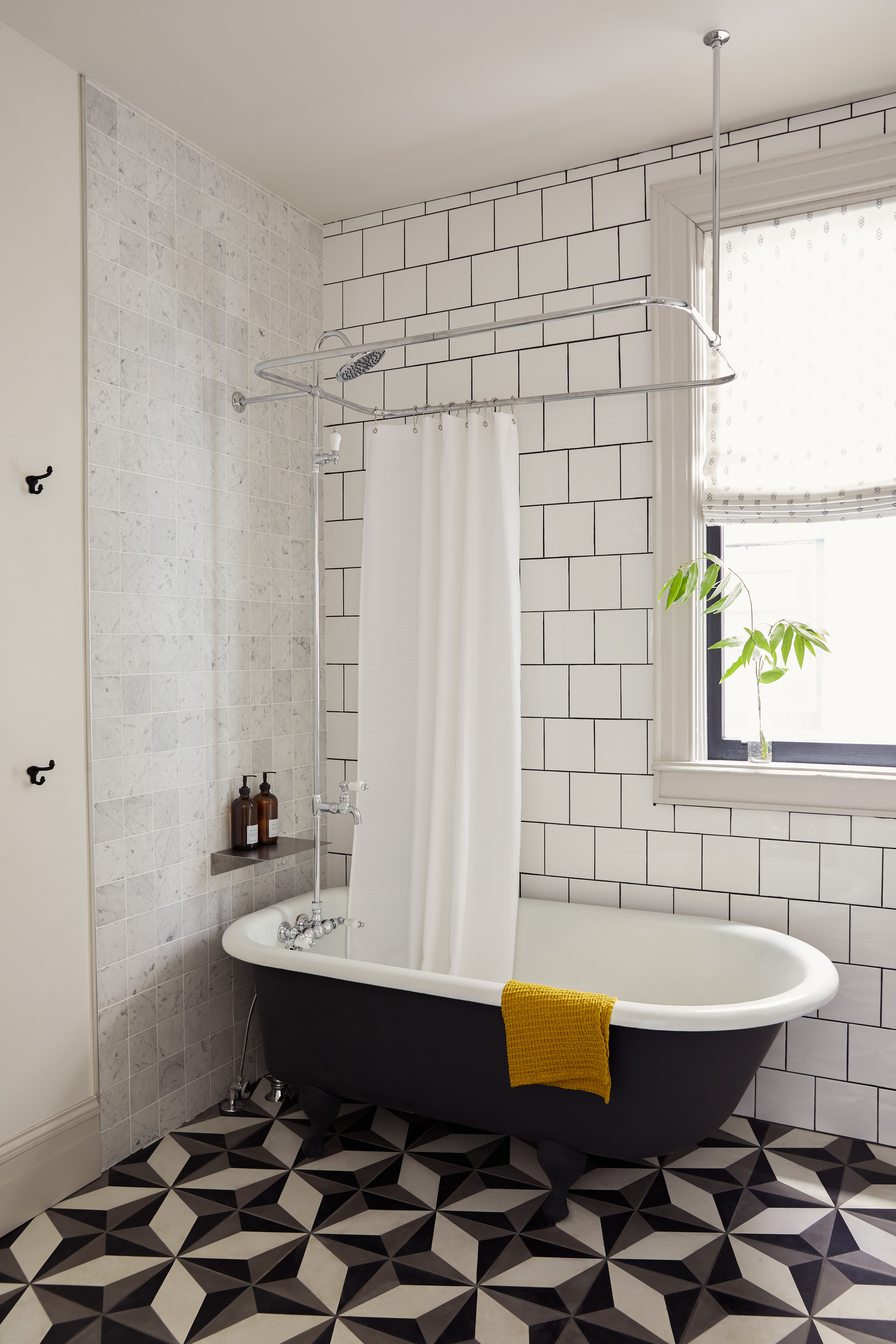 White Subway Tiles Have Been De Rigueur For Tiled Walls Since The