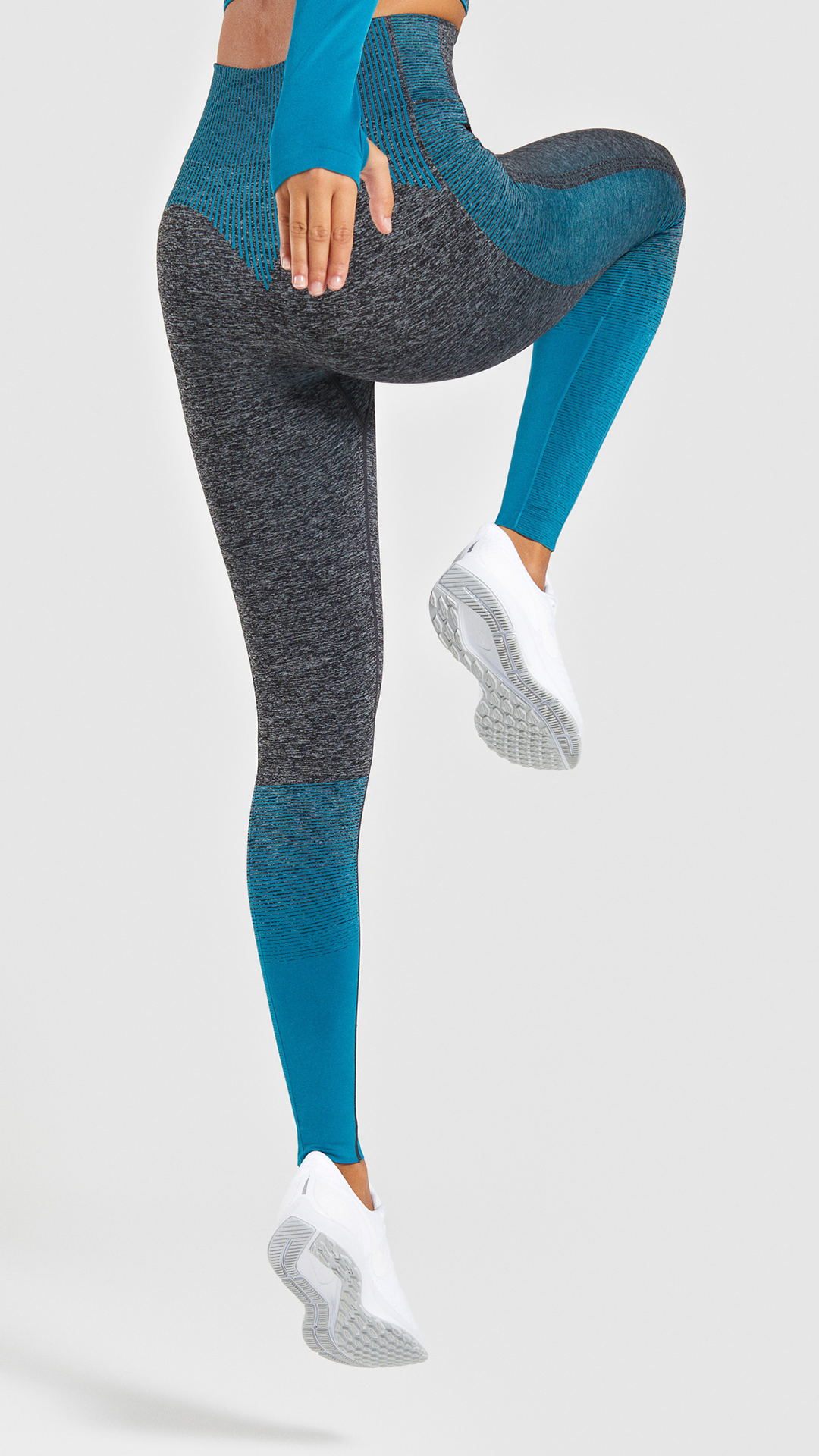 945abe9934c325 Amplify your style. Colour gradient stripes and contrast panels down the  leg with glute and leg enhancing seamless design. #Gymshark #Leggings  #HighWaisted ...