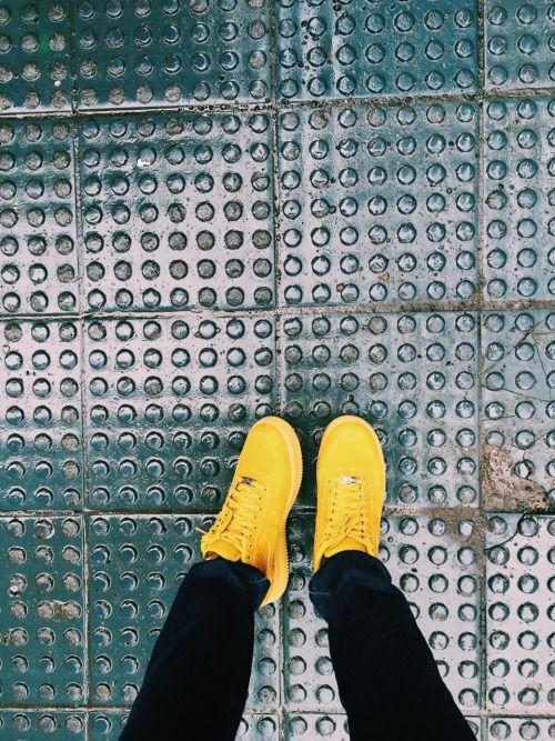 goldenlensesphoto:  Rainy days.