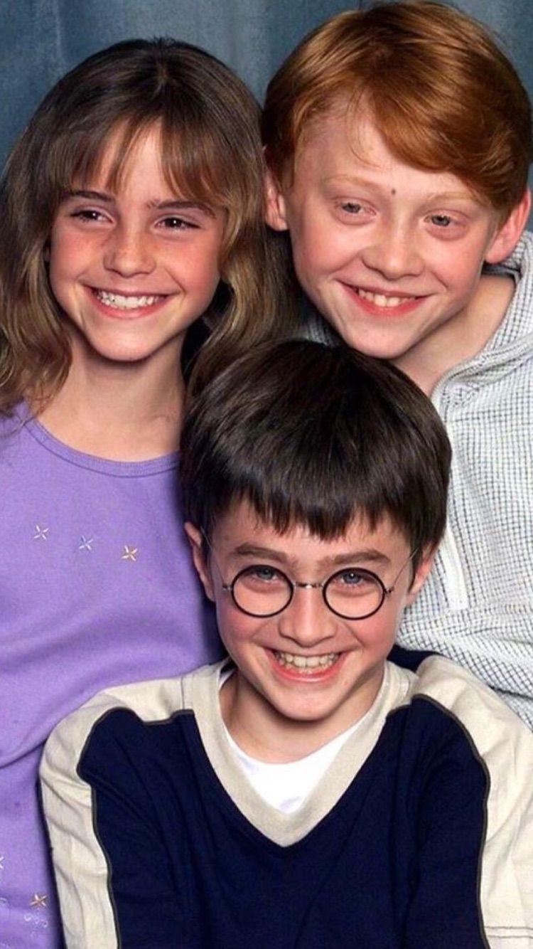 Pin De Newtrail En Harry Potter Peliculas De Harry Potter Fotos Chistosas De Personas Fotos De Harry Potter