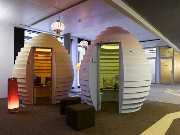 Google's Zurich Headquarters... looks like a really fun place to work.