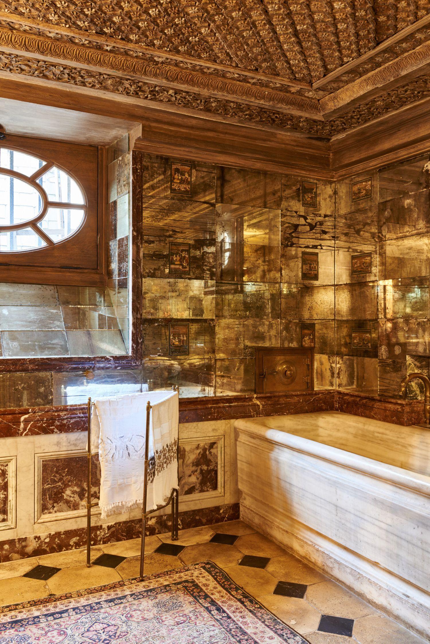 Quentin Moyse Interiors Interior Glamorous Bathroom Classic Bathroom