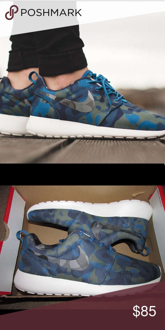 the best attitude f984c eb6c7 New Nike roshe one print shoes Cute light weight Nike roshe tennis shoes.  In like new condition with zero flaws. Also features the comfort sole.