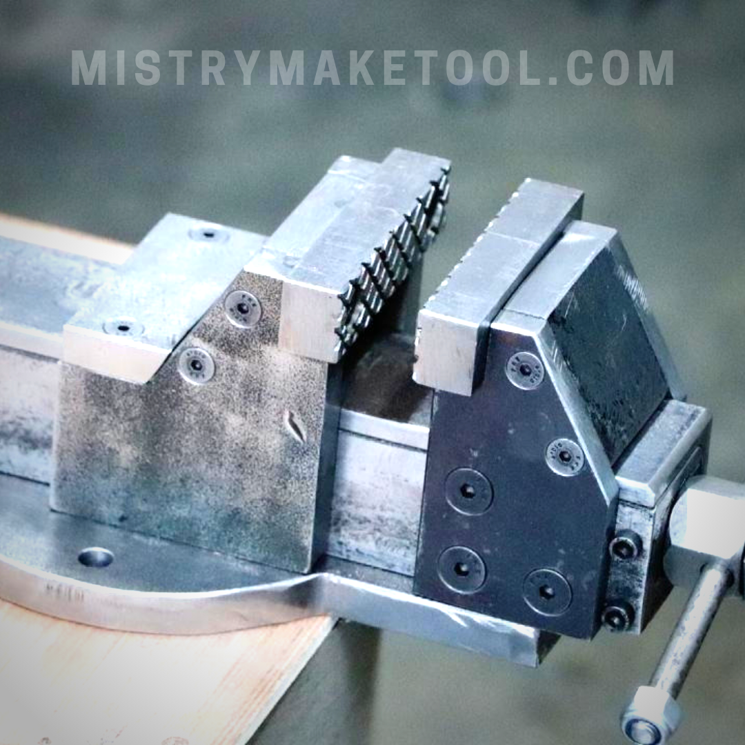 Make A Metal Bench Vise Without Welding Metal Bench Bench Vise Bench Vice