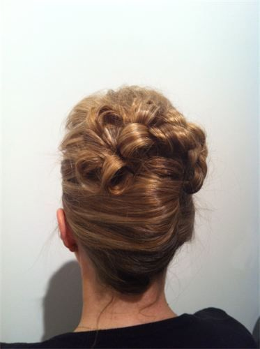 Awesome French Twist With Curls French Twist With Curls Hair Hairstyles For Women Draintrainus