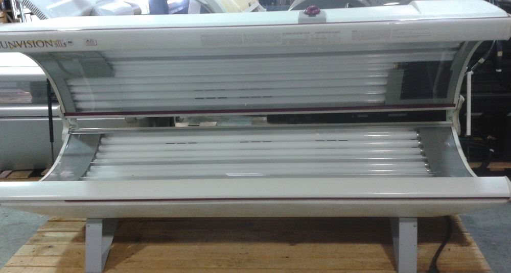 Tanning Bed Sunvision 28lx2f With 2 400 Watt Facials New Lamps And Starters Sunvision Tanning Bed Tanning Home Appliances