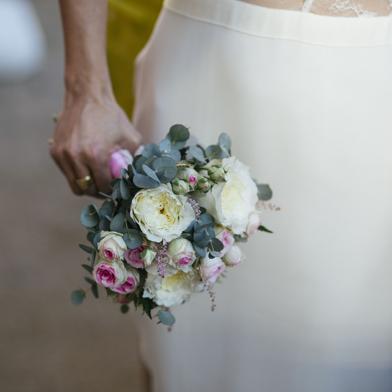 Bouquet de fleurs  Flower wedding dress Crédit photo @jordane chaillou