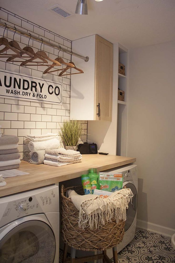 Laundry Room Makeover Sneak Peek - Best of Southern Revivals - #Laundry #Makeover #Peek #Revivals #room #Sneak #Southern #laundryrooms