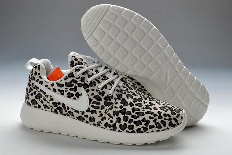 Womens buycazalsunglasses Nike Roshe Run Leopard White Black On Sale