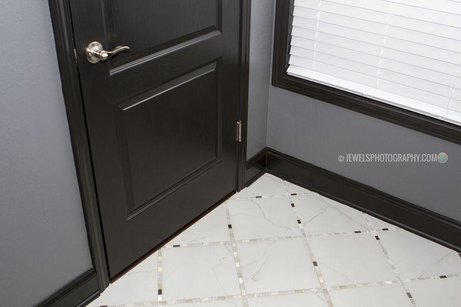 Elite Interior Paint Ideas Dark Trim Black Trim Bathroom Ideas Black Interior Doors Gray Walls Black Jpg 9 Black Trim Interior Grey Walls Black Interior Doors