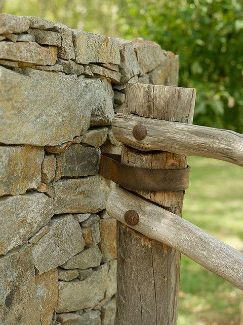 Rustic fence casas casas campestres ideas terraza y for Jardines rusticos campestres