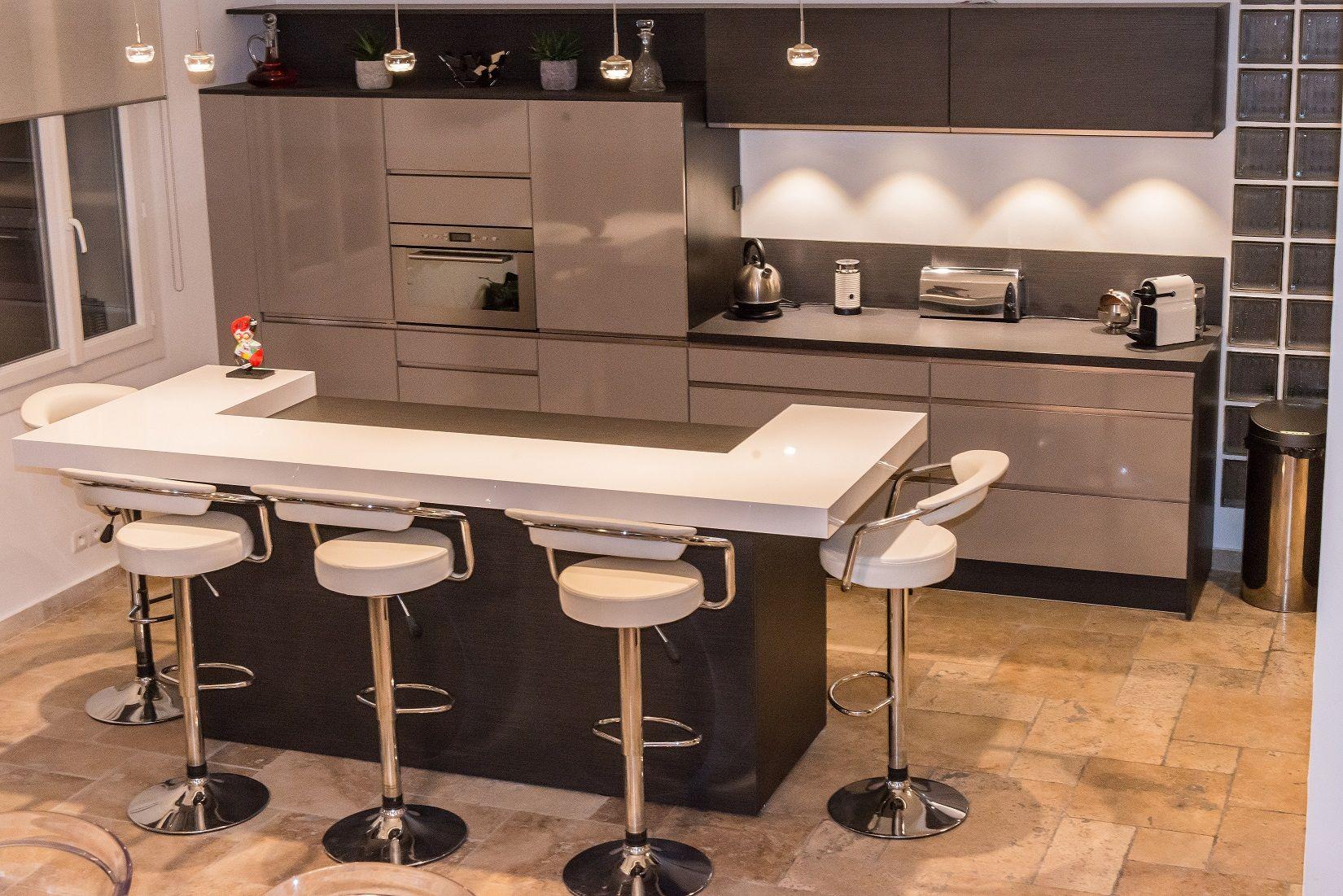 Retrouvez la cuisine star jet et son coloris gris taupe - Cuisine taupe brillant ...