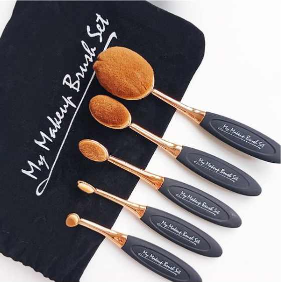 10 Piece Black and Gold Oval Brush Set Oval brush set