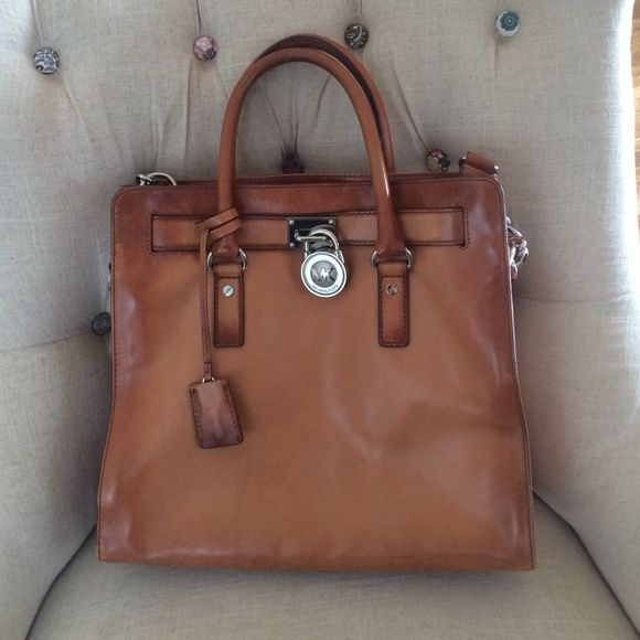 d5192f243842 Michael korse Hamilton bag Michael morse limited edition Hamilton bag.  Literally been used couple times only. practically brand new. Michael Kors  Bags ...
