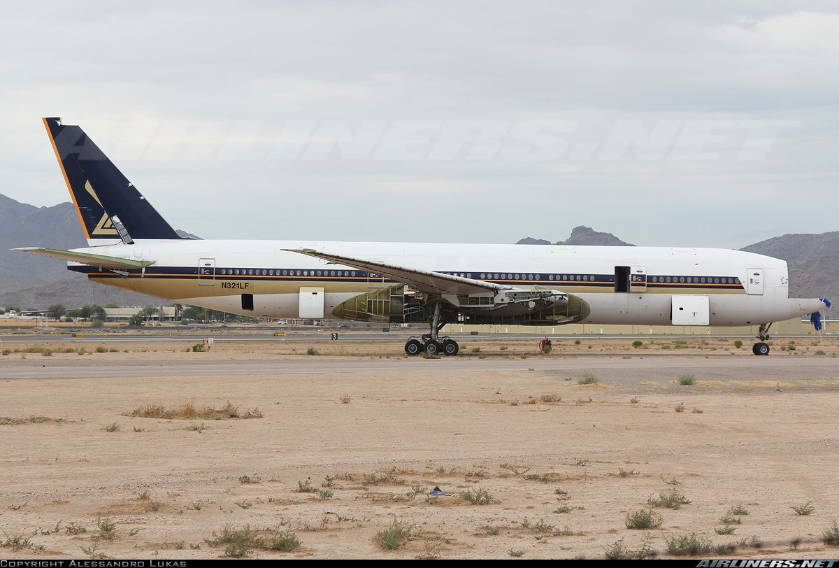 Ex Singapore Airlines Boeing 777-212/ER | Airliners sad end life ...