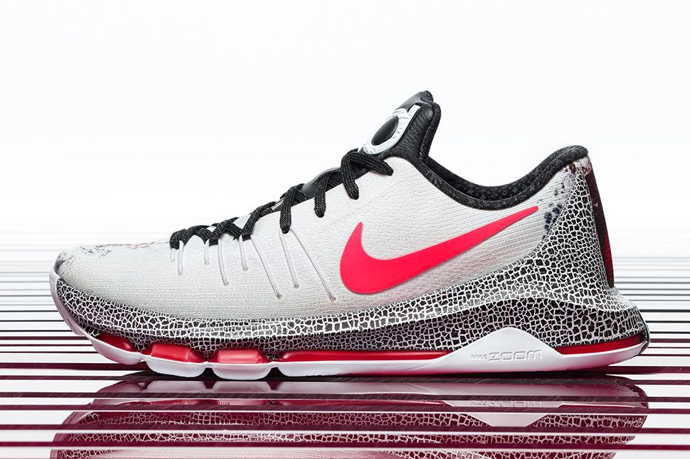 Kevin Durant\u0027s Christmas KD s are waveyyy ?