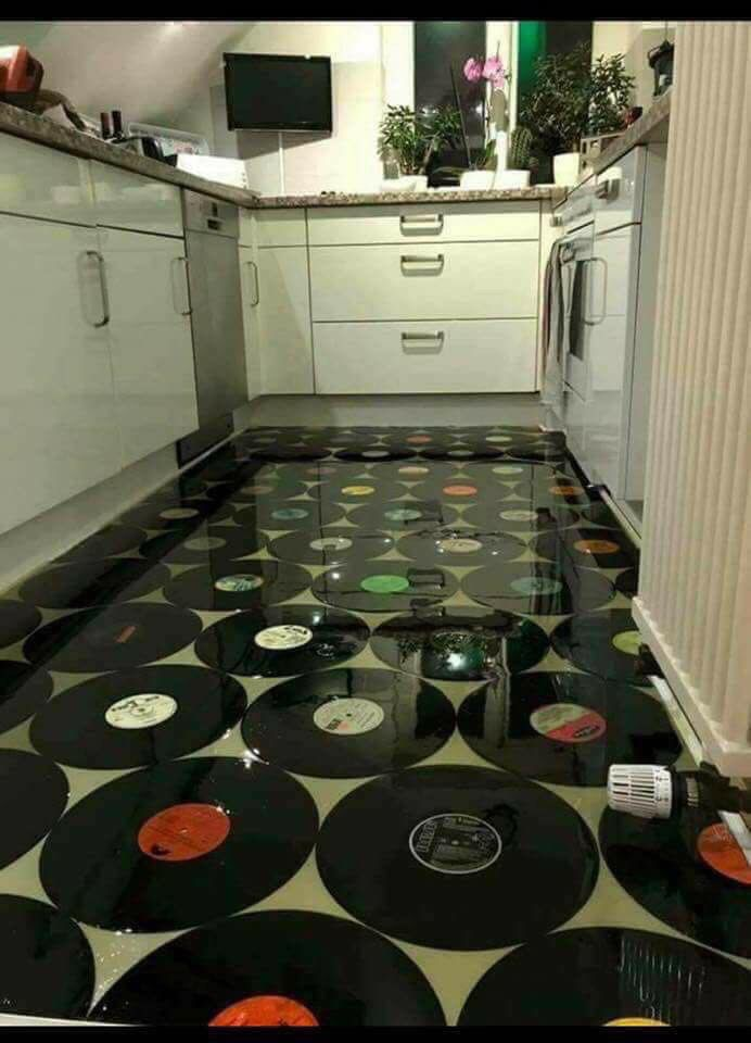 Uploaded By Lisa Beehler Kitchen Flooring Vinyl Flooring Kitchen Floor Tile