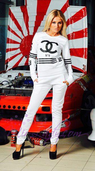 cee7bc83f94 Спортивный костюм