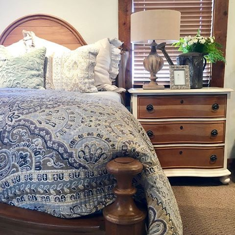 We think we're in love. Check out the gorgeous wood work on our new Paula Deen bed set. ••••••••••••••••••••••••••••••••••••••••••••••••••••• #cfhome #gardnervillage#homesweethome#newpossibilities#designlocal#interiordesign#interior_design#interiors#interiordesign#utahstyleanddesign#utahgram#utahliving#inspire_me_home_decor#hgtv #hgtvhome#fixerupper#fixerupperstyle#fixerupperinspired#myhomebeautiful#designlocal#modernpatterns#beddinggoals #bedroominspiration #bedroomgoals #beautifulbedding #bedr