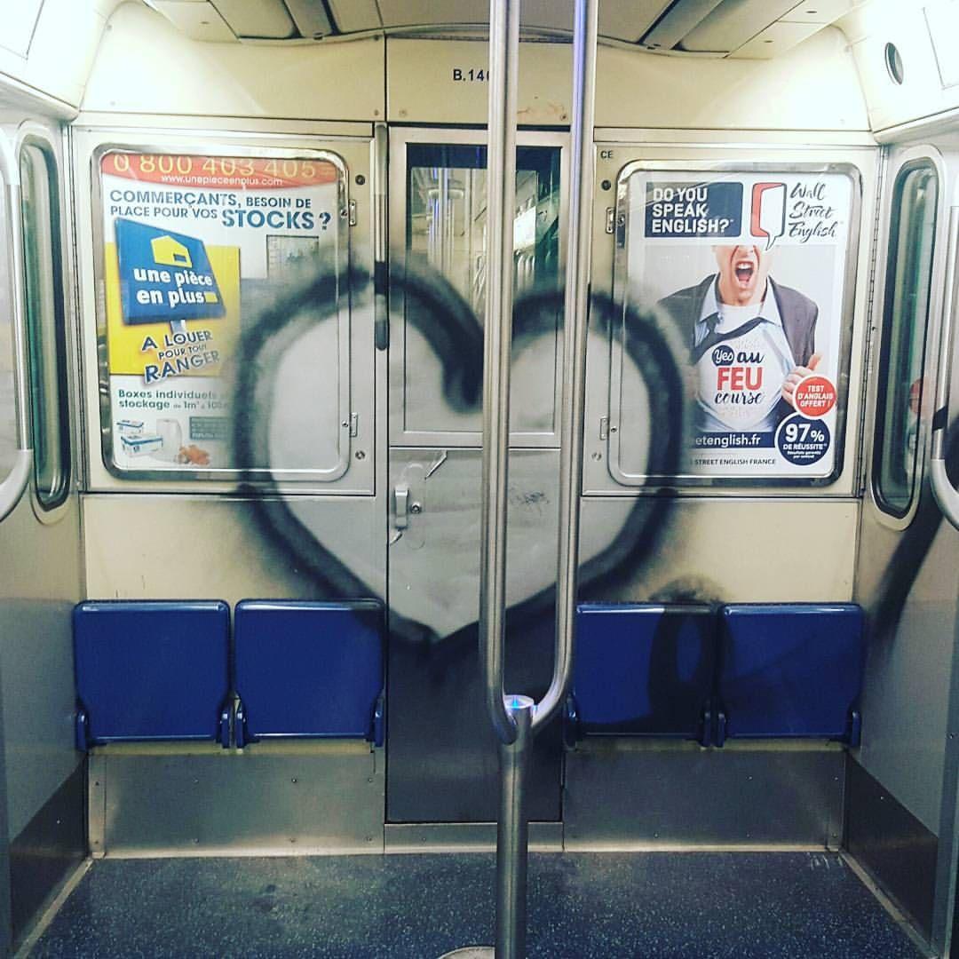 "- Ulrich Forman (@ulrichforman) sur Instagram: ""L.O.V.E Y a qu'ça d'bon!"""