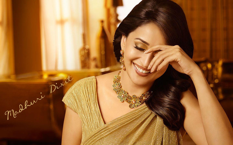 Wallpaper download madhuri dixit - Beautiful Madhuri Dixit Hd Wallpaper Madhuri Dixit Bollywood Actress Indian Film Actress Beautiful