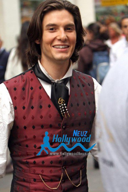 TO watch english actor Ben Barnes Profile| Biography| Pictures| News for visit:http://hollywoodneuz.com/ben-barnes-profile-biography-pictures-news/