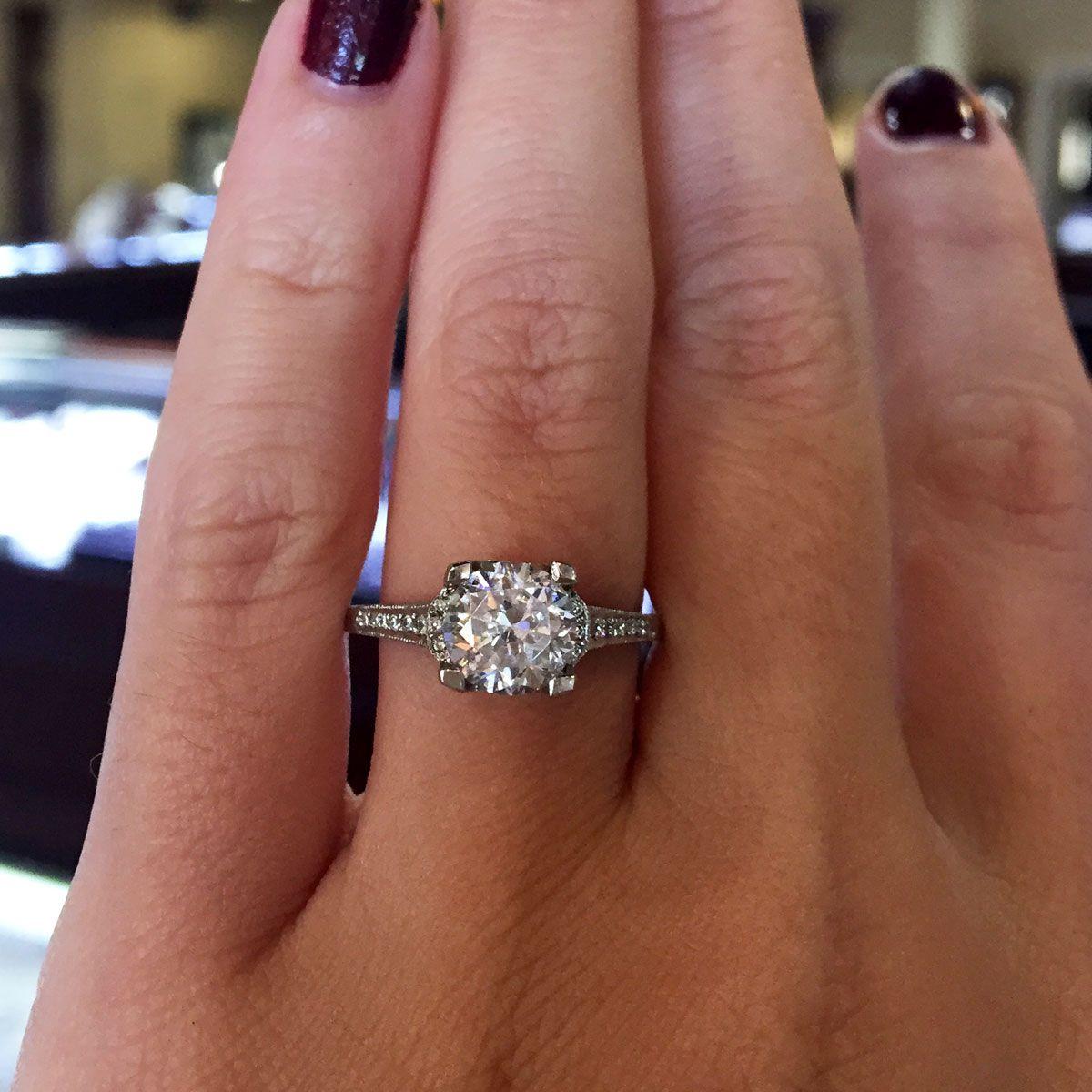 Tacori 2603RD Platinum .25ctw Diamond Engagement Ring