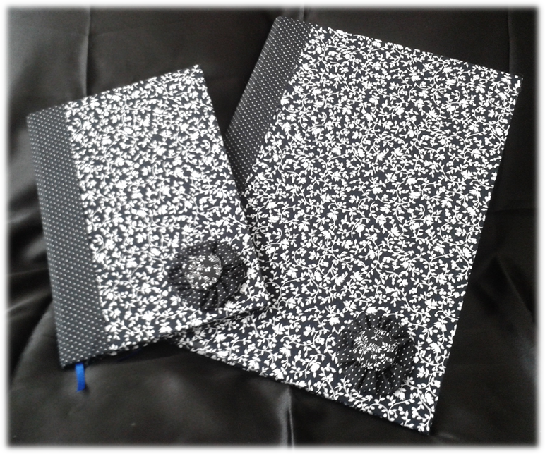 Cadernos com fuxico em tons de cinza