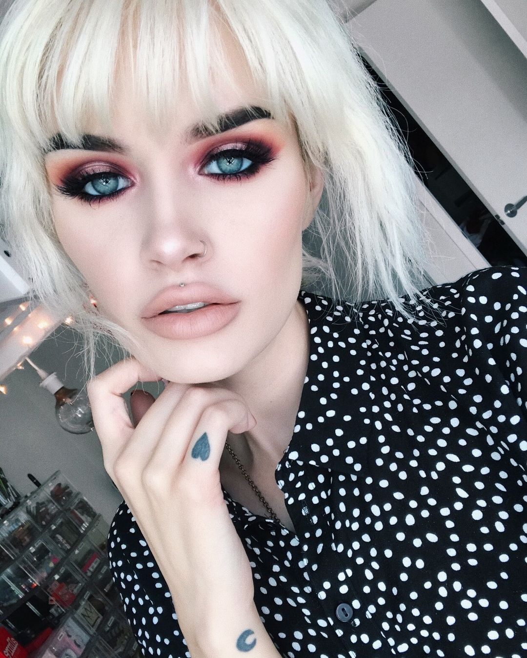 makeupforever Ultra HD Foundation in Y225 + Artist Face