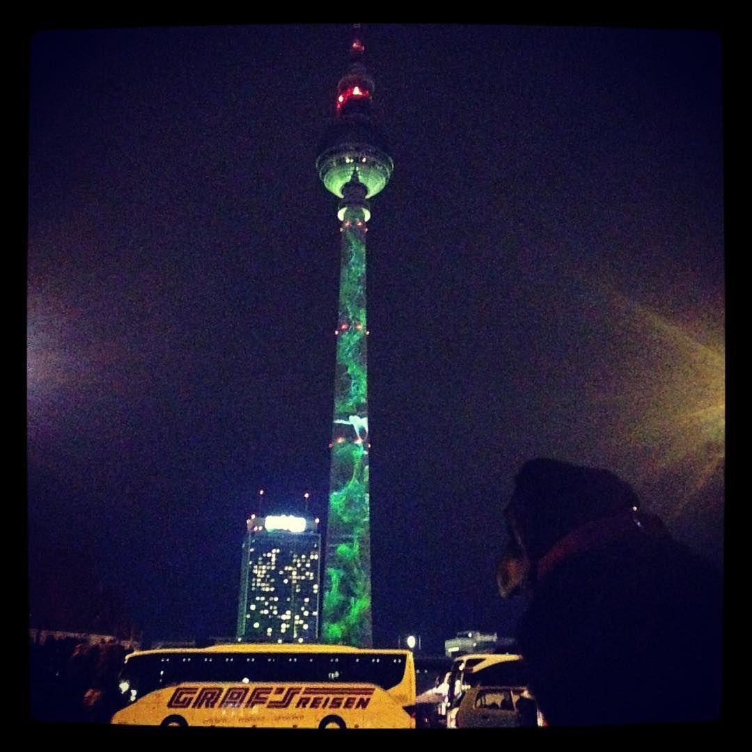 Festival of Lights #festivaloflights #berlinleuchtet #fernsehturm #fernsehturmberlin  #dogoflights #farbrausch